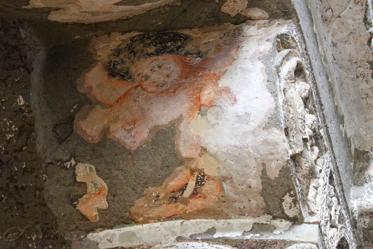Traces of paintings at cave 26