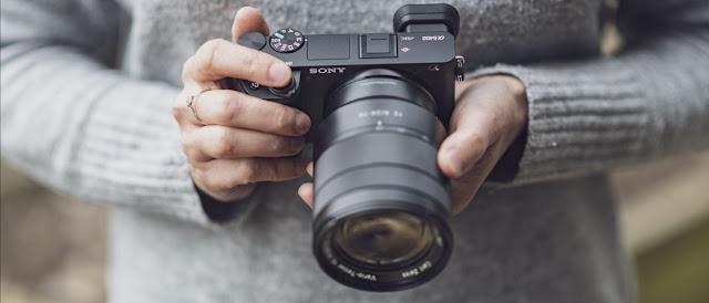 تقرير من موقع تقييم على كاميرا سوني ألفا A6400