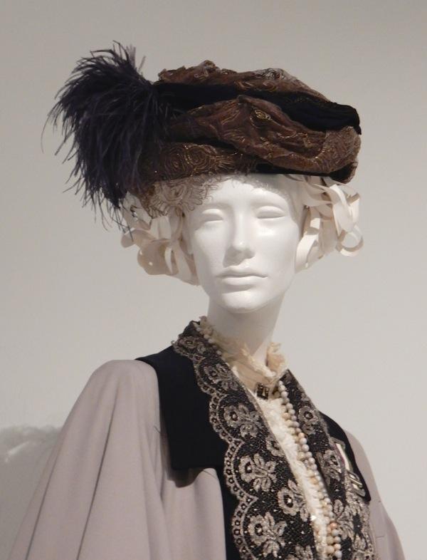 Emmeline Pankhurst Suffragette costume hat