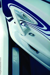 2012 Bugatti Veyron Grand Sport Or Blanc Interior Door Handle