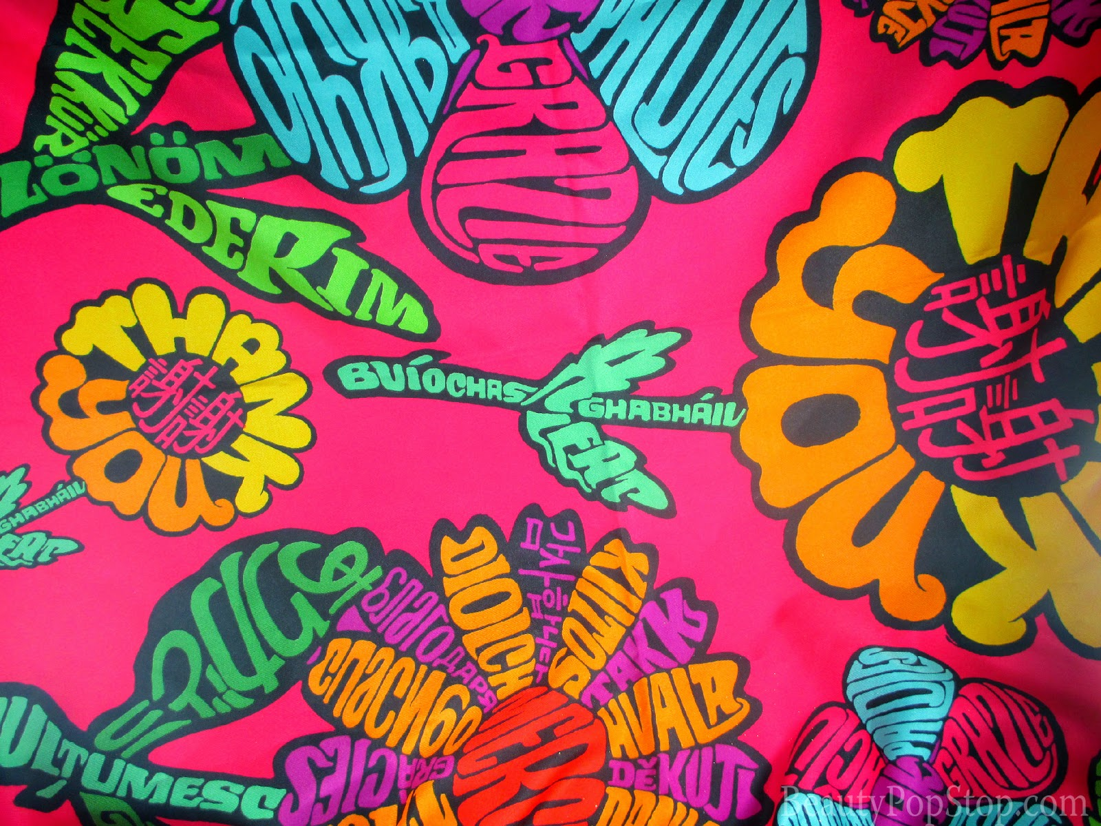 lush thank you knot-wrap review eco-friendly wrapping paper