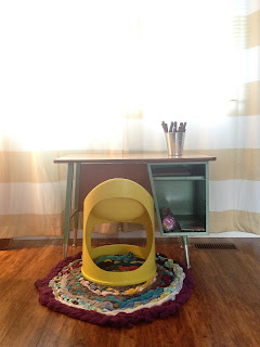 kids diy, desk, chair, stripe, braid, rug, kids rug, repurpose, laminate floor