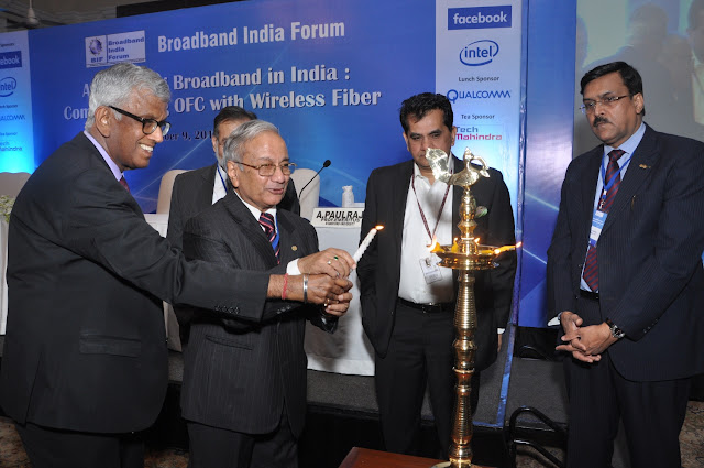 Lighting the Inaugral Lamp on extreme Left Mr TV Ramachandra-President Broad Band India Forum and on the Extreme Right Mr J. S Deepak-Se
