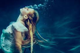 Avril Lavigne, Free Music, Gospel Music, Christian Alternative, Pop, New Videos, Videos Christians, Lyrics Christian, New Song, Head Above Water