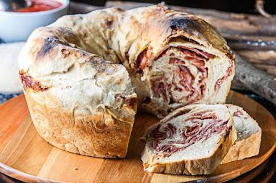 Pizzarias que fazem pão de calabresa