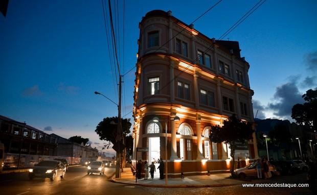 Moda pernambucana é destaque nas ruas do Bairro do Recife