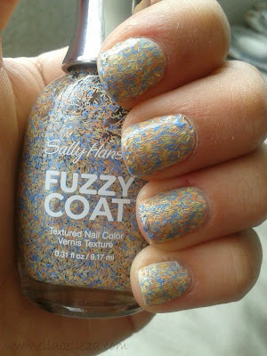 fuzzy coat sally hansen ella belleza
