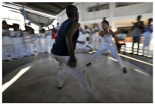 Aluno da UFCG cria jogo que discute a cultura negra através da capoeira