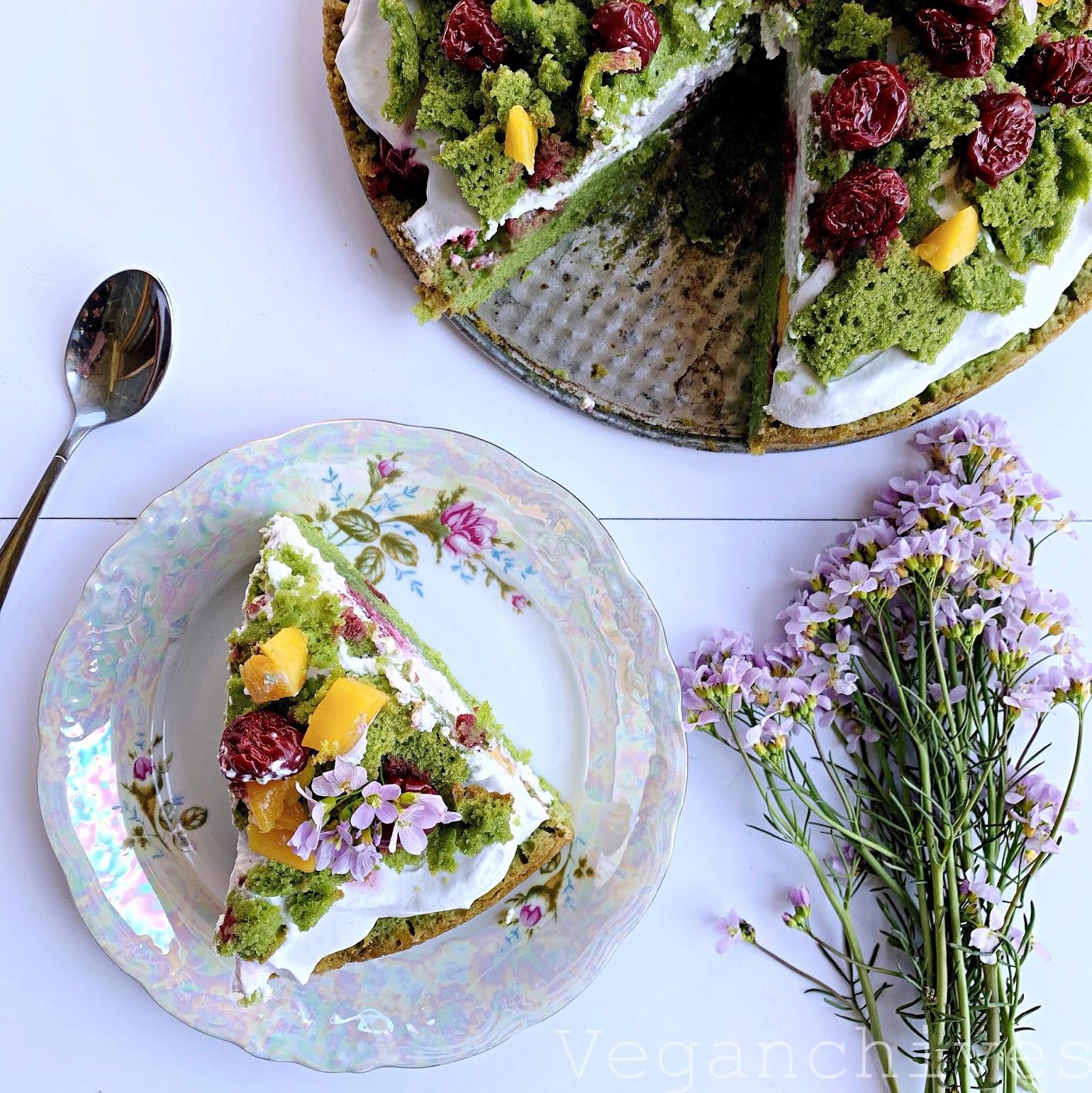 Wegański Leśny mech z mango i wiśniami