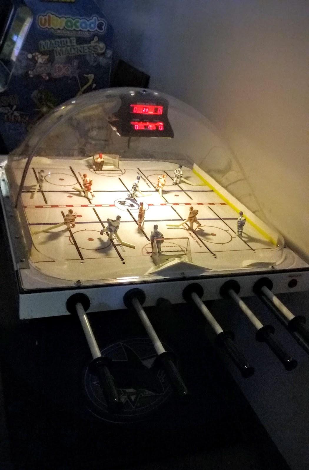 otro de nuestros favoritos juego de hockey para dos personas pinball hall of fame las vegas