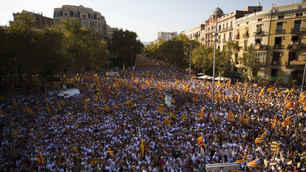 MAsyarakat Catalonia Tuntut Merdeka dari Spanyol