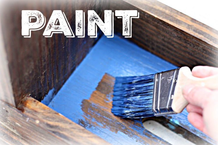Apply one coat of Napoleonic blue chalk paint
