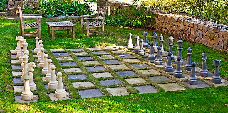 Two Men and a Little Farm: INSPIRATION THURSDAY, OUTDOOR CHESS