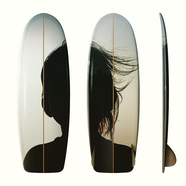 El arte de Mauro Ferraro en las tablas de Driftwood Caravan