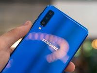 Samsung A7 2018 harga dan spesifikasi terbaru  punya 3 Kamera Utama