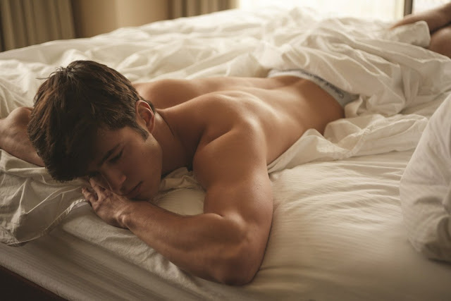 Boys sleeping in bed naked 9