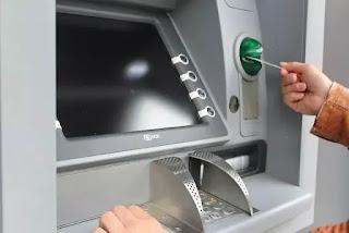 Wanda yayita saka PIN a ATM har ATM yaki karban katinsa  yaya zaiyi?