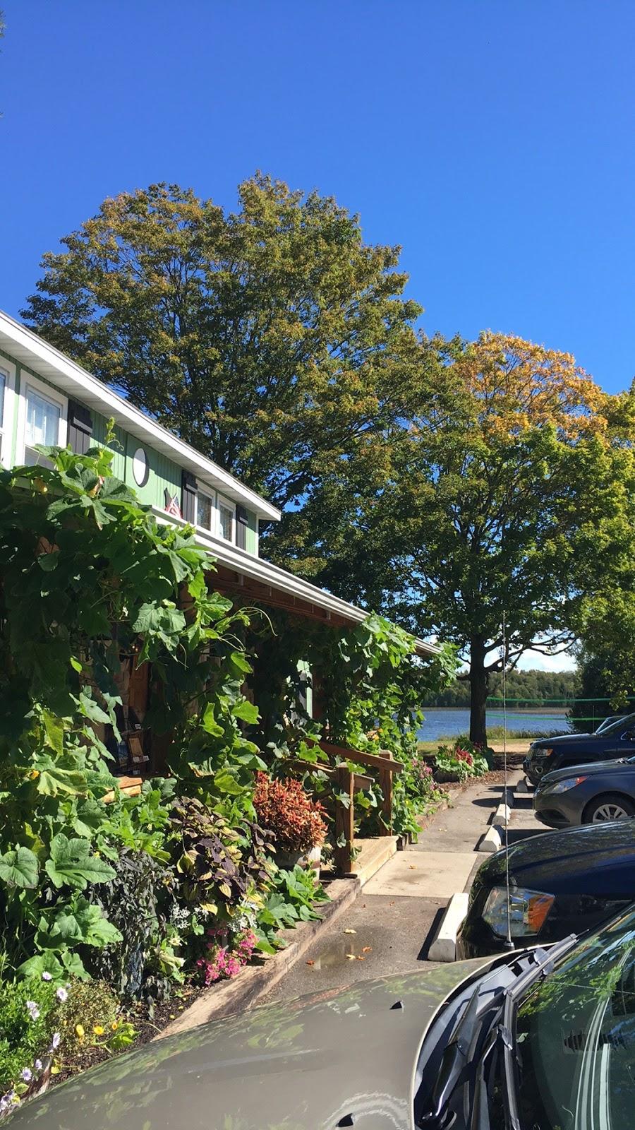 baileys harbor latin singles 1420 pine drive, baileys harbor, wi 54202 midscale, smoke-free, lakefront motel, rated very high, $$.