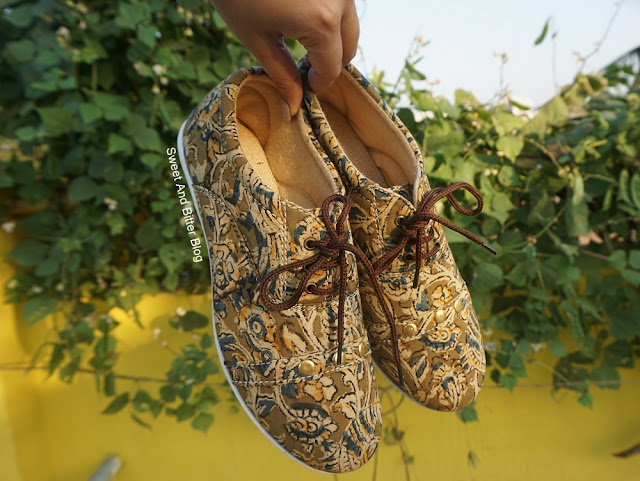 Kalamkari Jute Fabric Handmade Shoes West Bengal Handicraft