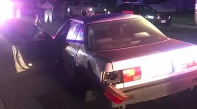 Tidak tau jalan pencuri mobil ini bertanya kepada polisi
