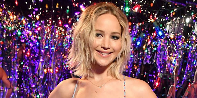 Jennifer Lawrence revela por qué se trepó al tubo