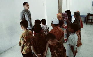 ikrar pelajar di sekolah kuttab al-fatih setingkat SDIT
