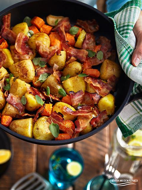 smażone młode ziemniaki, młode ziemniaki z marchewką, młode ziemniaki z czosnkiem, ziemniaki z cytryną, cytrynowe ziemniaki, ziemniaki w cytrynowej glazurze, ziemniaki z patelni, kraina miodem płynąca