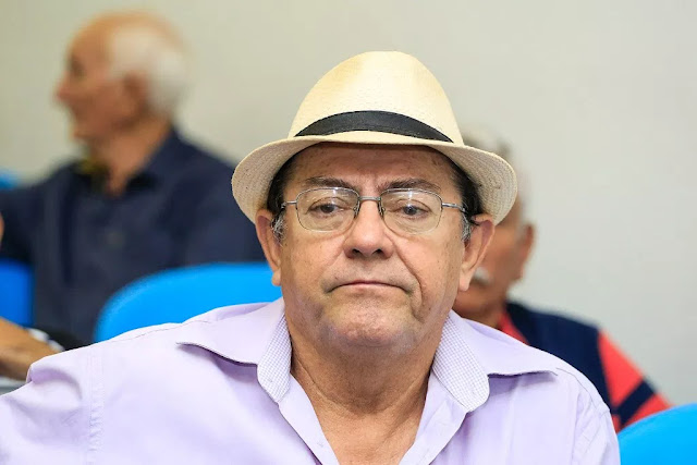 Marcolândia-Prefeito de Marcolândia chama homem de porco após o mesmo fazer críticas a hospital; Ouça os áudios