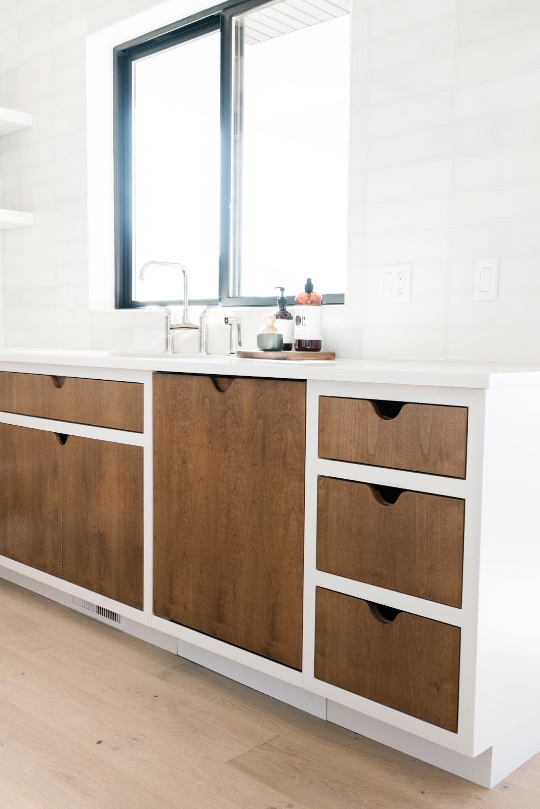Wood Kitchen Details, Modern Butlers Pantry