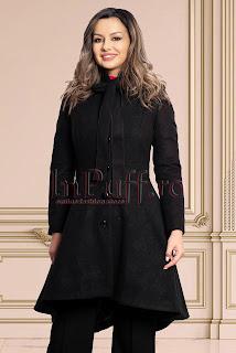 Palton negru asimetric din stofa imprimata