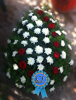 Coroana funerara Crizanteme si Trandafiri