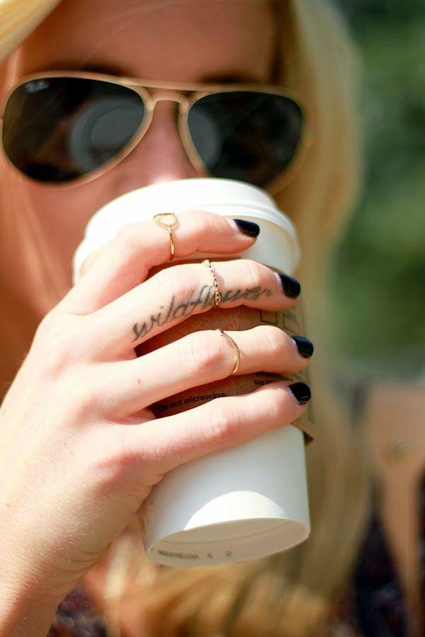 Los Mejores Tatuajes Para Los Dedos Belagoria La Web De Los Tatuajes