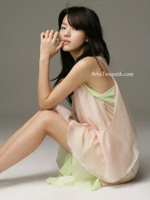 Model Korea Selatan Terseksi Han Hyo-joo