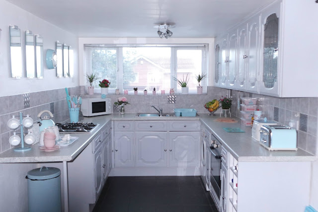 kitchen, traditional kitchen, white kitchen, fresh kitchen, pastel kitchen, home sweet home, a home tour, our first home, room tour, lbloggers, our first home, home tour, room tour, home blog, home blogger, hblogger, lblogger, life blog, lifestyle blogger, uk home blog, uk home blogger, kitchen tour, bedroom tour, house tour, new house, new home, make a house a home, decor, inspiration, homedecor, living room tour, bedding, beautiful bedroom, beautiful home