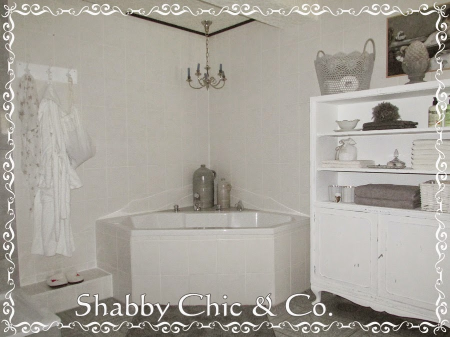 shabby chic co shabby bad impressionen. Black Bedroom Furniture Sets. Home Design Ideas