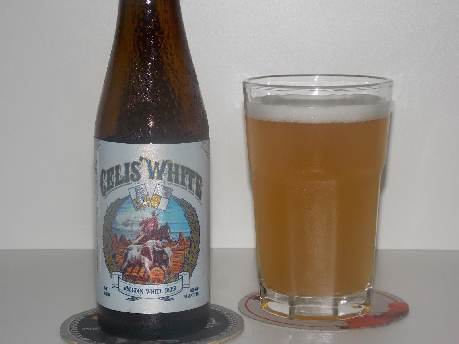 3e4c5be42 A deliciosa cerveja artesanal belga Celis White é uma autêntica Witbier  produzida a partir da receita original de Pierre Celis para a lendária  Hoegaarden, ...
