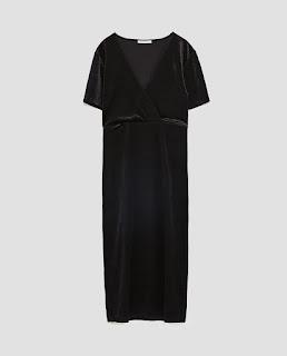 https://www.zara.com/ch/fr/robe-en-velours-p02878295.html?v1=5022034&v2=965503