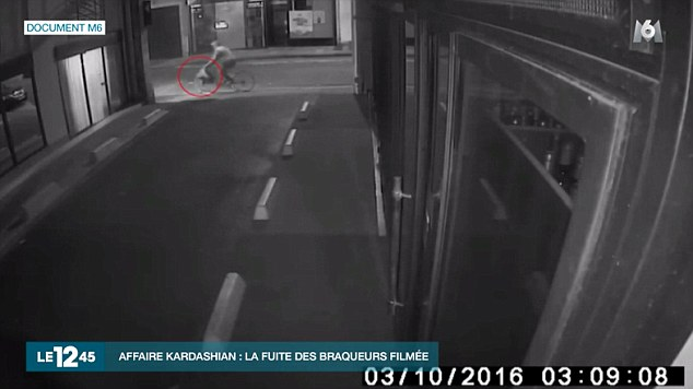 Kim Kardashian: 1st Video Footage Of Robbers Ditching The Scene On Bikes Revealed