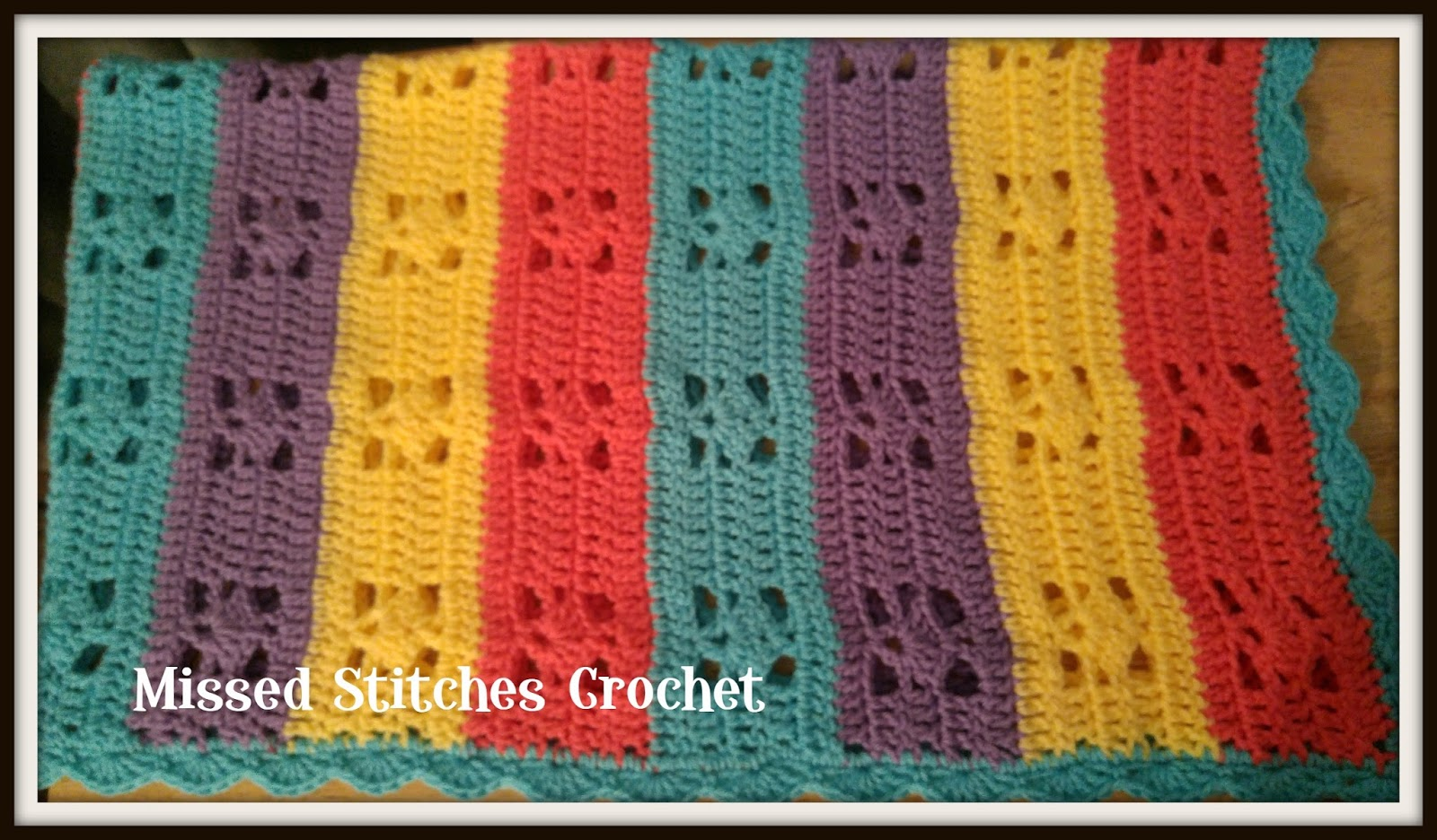Missed stitches crochet april 2017 i did an even amount of single crochets around the edges trying to keep it at a multiple of 6 so i could add a shell border ccuart Images