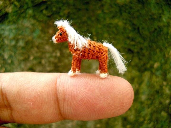 miniature horse crochet animals