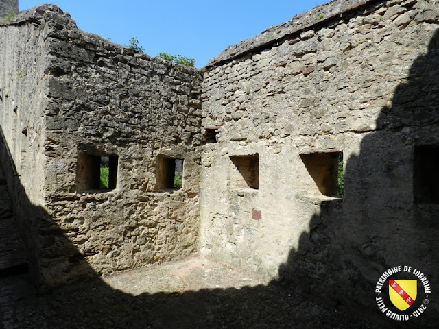SIERCK-LES-BAINS (57) - Château-fort des ducs de Lorraine
