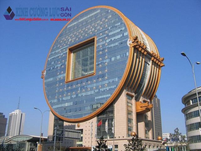 """Những tòa nhà kính """"không giống ai"""" trên thế giới"""