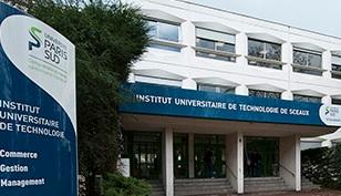 Une professeur de droit de l'IUT de Sceaux refuse de faire cours devant des étudiantes voilées et alors ?  dans France iut%2Bsceaux%2Bparis%2B