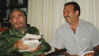 Patricio Echegaray, junto a Fidel Castro