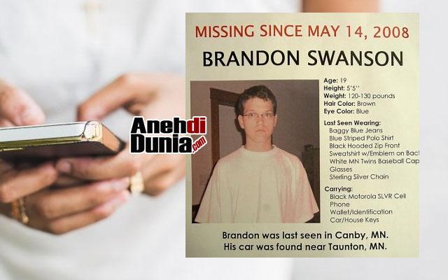 Telepon dari Brandon Swanson