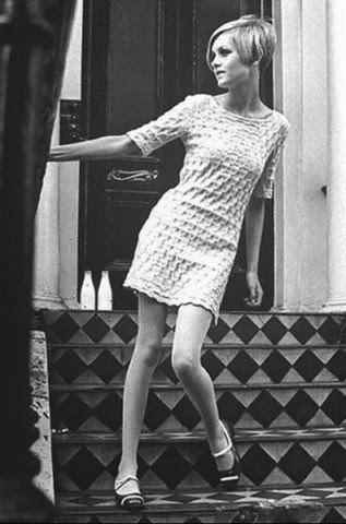 Picture of Twiggy in Mary Quant Dress - 1965 [[slnc 1000]]