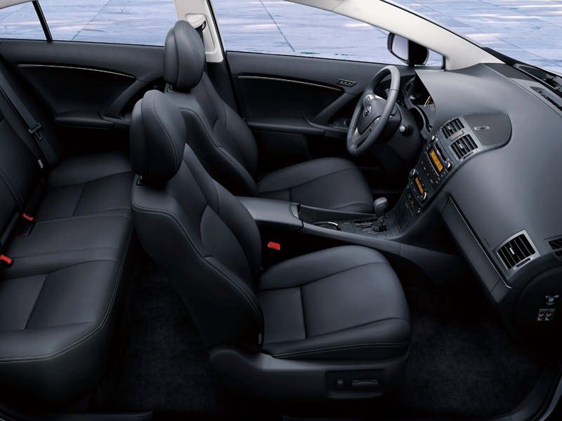 صور سيارة تويوتا افينسيس 2014 - اجمل خلفيات صور عربية تويوتا افينسيس 2014 - Toyota Avensis Photos 8-1.jpg