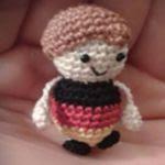 http://www.ravelry.com/patterns/library/mini-fuballer