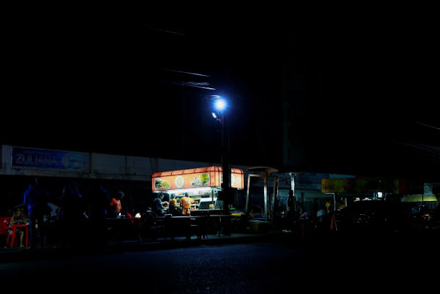 "Establecen un ""corredor bancario"" de cinco horas por apagones en Maracaibo"
