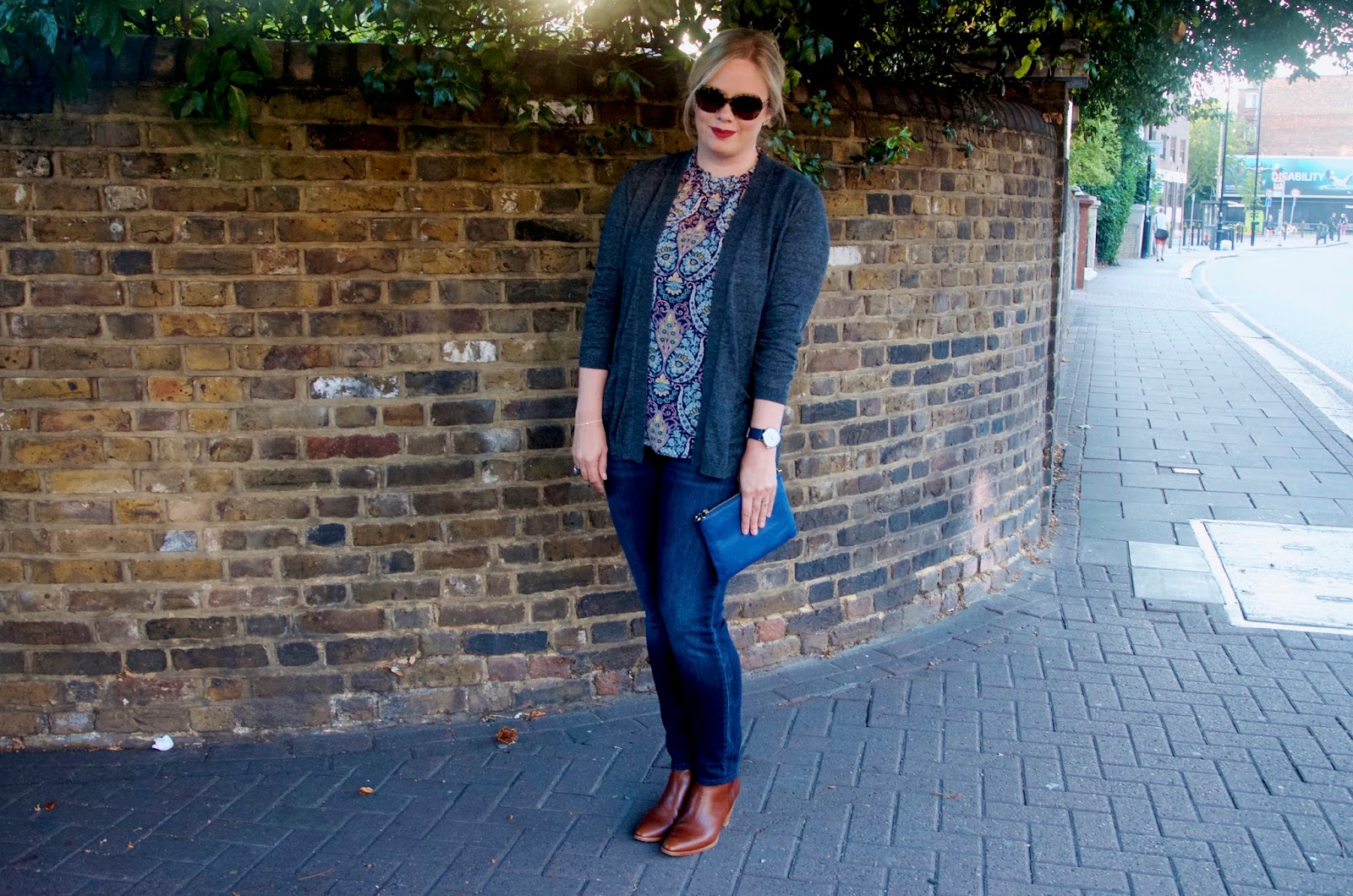 Brown boots, blue jeans, paisley, grey cardigan and sunglasses